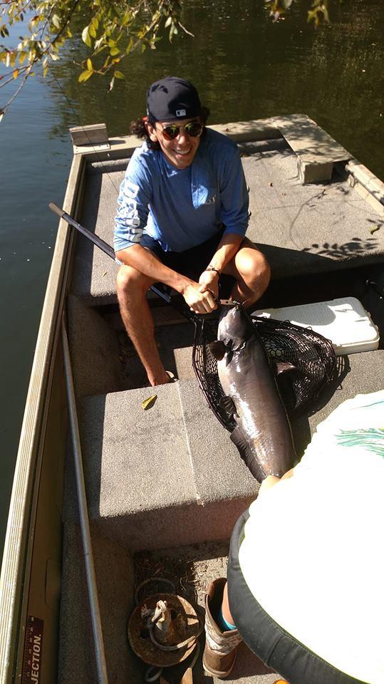 catfish with kids, family fishing guide, fishing Chatahoochie, fishing Alabama, limb line fishing, blue catfish,