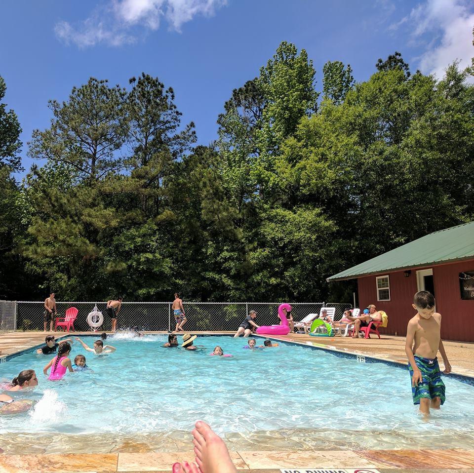 where to camp Sam Rayburn, campground with swimming pool Sam Rayburn,