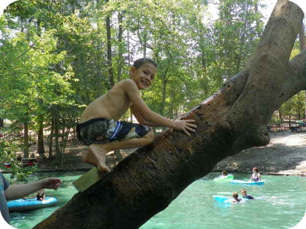 road trip guide Texas, to do East Texas, swimming holes Texas, swim area East Texas,