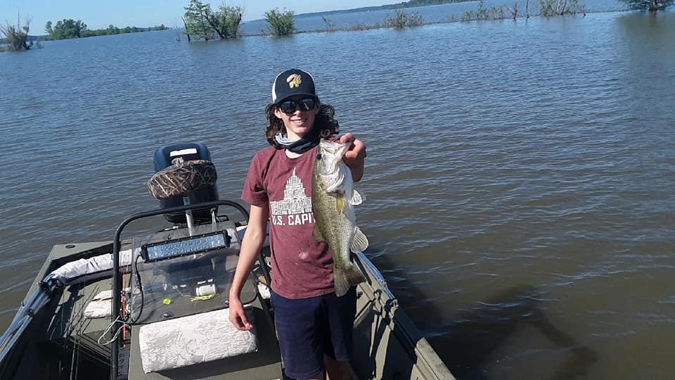 catfish toledo bend, bass fishing Toledo Bend, paddlefish Toledo Bend, crappie Toledo Bend,