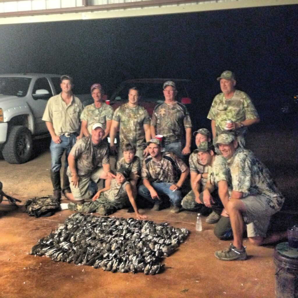 dove hunting New Braunfels, dove guide Central Texas, dove outfitter New Braunfels,