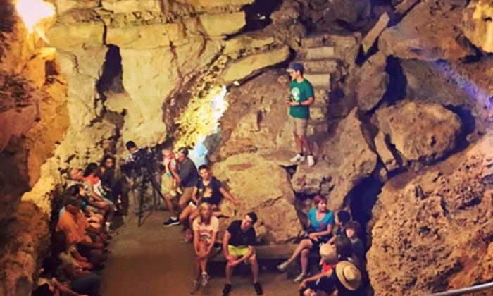 tourism New Braunfels, road trip Texas, tourism guide San Marcos, Wonder World Caves,