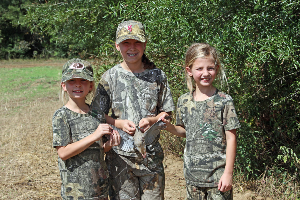dove hunting Beaumont, dove season Lufkin, kids in the outdoors Sam Rayburn, family activities East Texas, Golden Triangle hunting,